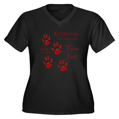 "Twilight Junkies ""Werewolf Tracks"" Women's Plus Size V-Neck Dark T-Shirt"